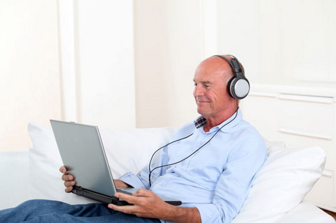 Music Helps Seniors with Dementia